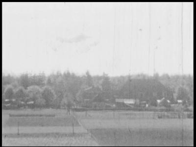 5968 BB03912 Samenvatting:Amateurbeelden van de directeur van de Berghuizer Papierfabriek in Wapenveld over ...