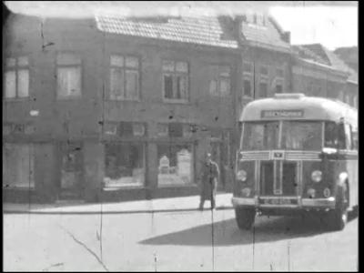 6544 BB03937 Een film rondom de kampioenswedstrijd voetbal te Apeldoorn, tussen Vitesse en PEC, gewonnen door de ...