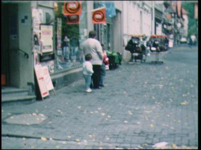 7732 BB05082 Diverse privé-opnames met o.a.beelden van een vakantie in Duitsland, een huiskamer, een winter met sneeuw, ...