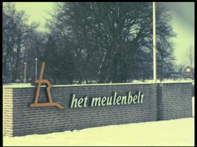8458 BB08078 Twaalf familiefilmpjes van de familie Lamberts.1. Het Meulenbelt ('75):- Almelo, verzorgingshuis Het ...
