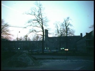 8460 BB08080 Vier familiefilmpjes van de familie Lamberts.1. In de sneeuw bij 'De Mosterdpot' (16-02):- Wintertafrelen ...