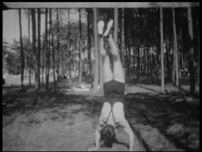 8951 BB06725 Samenvatting: Privé-opnames van de Joodse bankiersfamilie Kahn uit Mannheim van vakanties in onder meer ...
