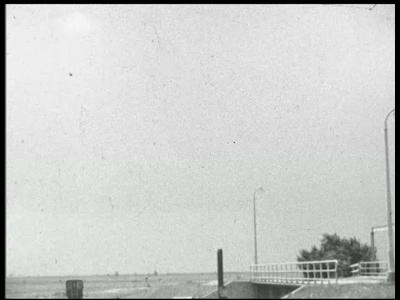 9139 BB02118 Een bedrijfsfilm van Heemaf uit het begin van de jaren vijftig, over het droogmalen en houden van de ...