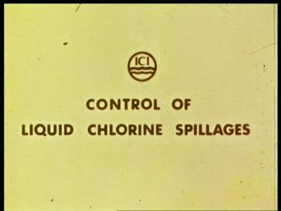9495 BB02715 EngelandEr worden proeven gedaan om vast te stellen of in geval van lekkage van vloeibaar chloor het ...