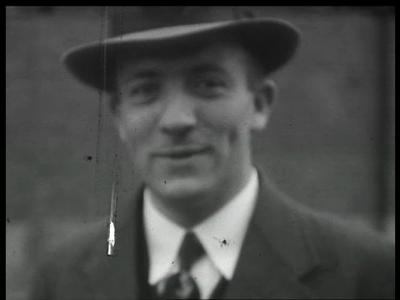 9818 BB02184 Een film, eind jaren dertig, rond de Oostelijke Pluimvee Coöperatie (OPC) te Coevorden, met beelden van de ...