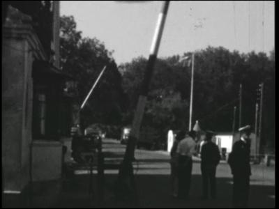 9960 BB00408 Het tweede deel van een zg. Adolfsfilm rond Daarlerveen anno 1967, waarin samen met het eerste deel veel ...