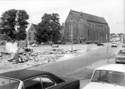 5209 FD000042 Achter de Broeren en Broerenkerkplein Broerenkerk tijdens de sloop midden jaren 60. Uit het zuidoosten in ...