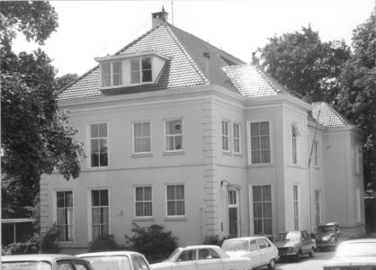 5262 FD000737 Gezicht op het vroegere badhuis van dr. Schaepman op het Noordereiland. Het pand is in gebruik geweest ...
