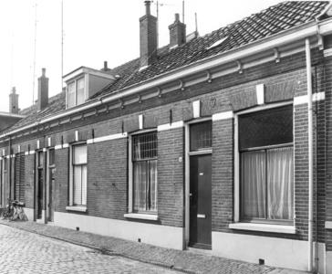 5810 FD000092 Akkerstraat 4-6-8 in 1968.De Akkerstraat lag in de Bollebieste (Dieze-west) en vormde tot ca 1970 de ...