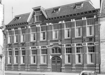7552 FD000188 Aplein 7 met Sint-Michaëlschool (1951-1993), 1972.Vanaf 1907 tot 1951 de Sint-Jozefschool geheten. ...