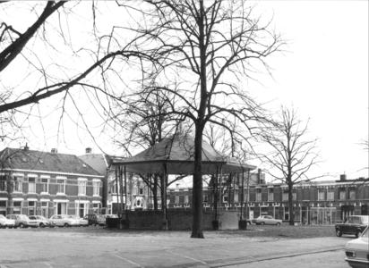 9338 FD000315 Assendorperplein muziektent midden op het plein, 1974, 1974-00-00