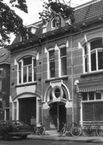 9888 FD000321 Assendorperplein 19a anno 1904 in de ingang.Assendorperplein 17-19 ontworpen 1904 door architect G.G. ...