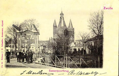 1243 PBKR3207 De Sassenpoortenbrug (ophaalbrug 1861-1907), gezien vanuit het zuiden vanaf het Klein Wezenland (vanaf ...