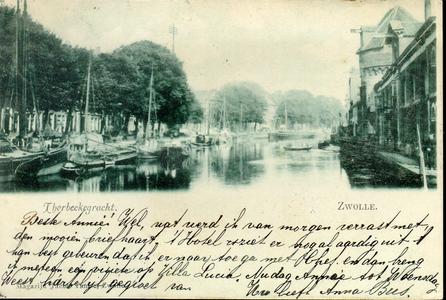 1281 PBKR3780 Thorbeckegracht ca. 1900 gezien naar het oosten vanaf de Vispoortenbrug. Rechts de Wijndragerstoren, aan ...