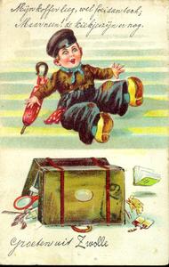 1351 PBKR4925 Leporellokaart (klepjeskaart, harmonicakaart, klapkaart): jongetje met pet, klompen en een paraplu, zijn ...