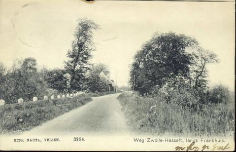 1747 PBKR4421 Gezicht op de Hasselterdijk die langs de buurtschap Frankhuis loopt, ca. 1905. De foto is gemaakt vanuit ...