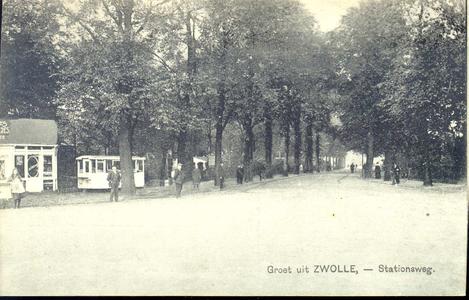 175 PBKR3583 Stationsweg in de richting van de Stadsgracht, 1926. Links is er, behalve een kiosk voor tabakswaren, ook ...
