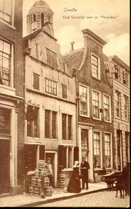 2781 PBKR4022 Uiterst links Voorstraat 11, Hotel Meiberg; Voorstraat 13 kuiperij van familie Bekedam (1878-1914) met ...