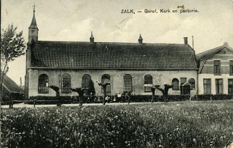 367 PBKR6478 De gereformeerde kerk uit ca. 1860 te Zalk vanuit het oosten. De Gereformeerde Kerk Zalk en Veecaten is ...