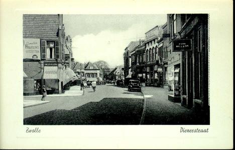 3876 PBKR0773 Gezicht in de Diezerstraat in de richting van de Diezerpoortenbrug,c a. 1937-1939. Rechts met ...