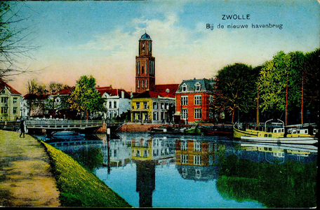 4202 PBKR2534 Ingekleurde prentbriefkaart met zicht vanaf de Burgemeester van Roijensingel op de stadsgracht en de ...