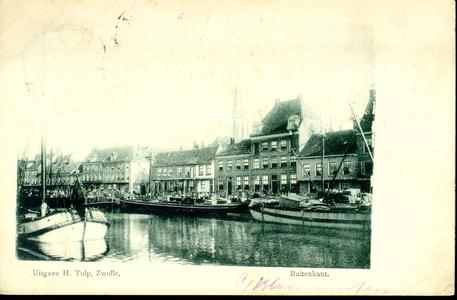 4665 PBKR0340 Buitenkant, ca. 1900 stadsgracht met binnenvaartschepen. Op de achtergrond toren van de RK ...