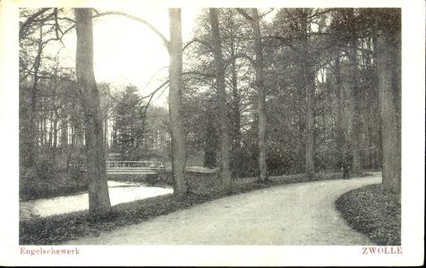 5037 PBKR0961 Park Het Engelse Werk is rond 1830 aangelegd op het voormalige vestingwerk Het Nieuwe Werk aan de IJssel. ...