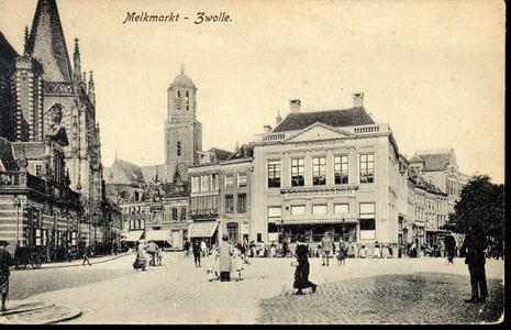 5306 PBKR2163 Gezicht op de westzijde van de Grote Markt, ca. 1910. Voor Grote Markt 13A, societeit De Harmonie , ...