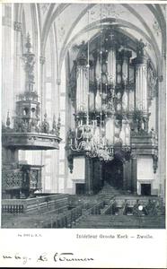 5626 PBKR1656 Grote Kerk, interieur 1906. Kerkbanken, preekstoel, kroonluchter met zicht op het orgel., 1905-00-00