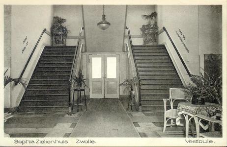 6068 PBKR2873 Rhijnvis Feithlaan, Sophia Ziekenhuis, 1925.Interieur trappenhuis in het oudste gedeelte van het Sophia ...