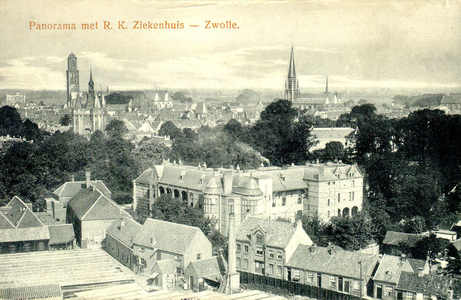 6186 PBKR1189 Luchtfoto van Zwolle, ca. 1920.Rechtsboven: de in 1965 afgebroken R.K. St. Michaelskerk aan de ...