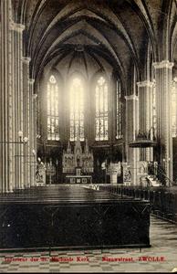 6287 PBKR2911 Interieur van de R.K. Sint-Michaëlskerk uit 1892 aan de Roggenstraat. De kaart is afgestempeld in 1909., ...