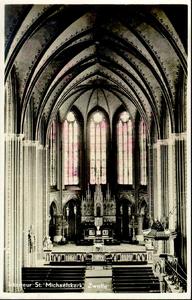 6291 PBKR2915 Roggenstraat, interieur R.K. Sint-Michaelskerk (gebouwd 1891, afgebroken 1965) gezien van het orgel naar ...