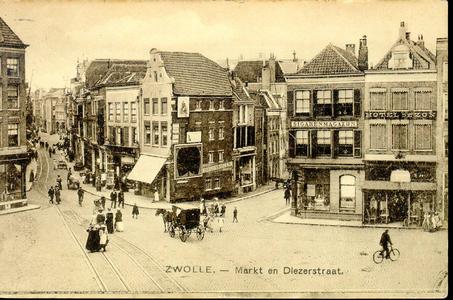 6351 PBKR0636 Grote Markt en Diezerstraat gezien vanaf de Grote Kerk, ca. 1910-1913. De rails in het plaveisel van de ...