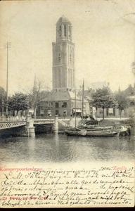 6670 PBKR1850 Gezicht vanaf de Beestenmarkt (tegenwoordig Harm Smeengekade) op de Kamperpoortenbrug met telefoonpaal. ...