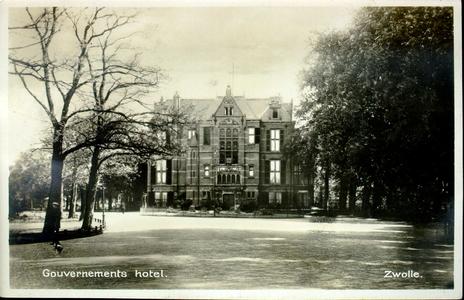 817 PBKR3696 Ter Pelkwijkpark 22, Gouverneurshuis, ca. 1930.Gebouwd 1892 door rijksbouwmeester J. van Lokhorst, ...