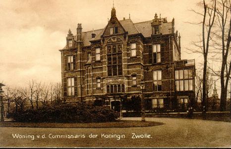 835 PBKR3714 Vooraanzicht van het Gouverneurshuis (Hôtel van de Commissaris van de Koningin), Ter Pelkwijkpark 22: met ...