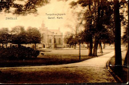 843 PBKR3722 Te Pelkwijkpark met hond en gezicht op de Plantagekerk, Ter Pelkwijkpark 17, gezien vanaf het ...