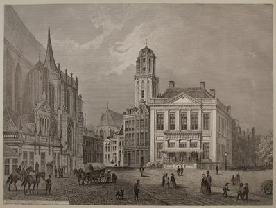 209 -TP001092 Gezicht op de Grote Markt in Zwolle, met links de Hoofdwacht en de Grote of St. Michaëlskerk en in het ...