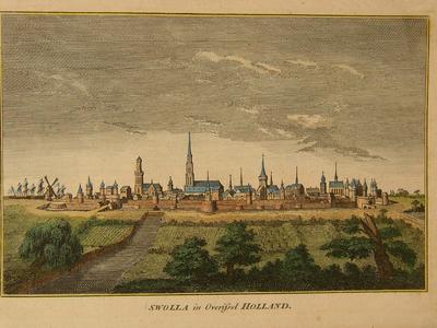 496 -TP000106 Gezicht op vesting Zwolle als ommuurde stad vanuit het zuiden met op de voorgrond akkers en bomen., 1650