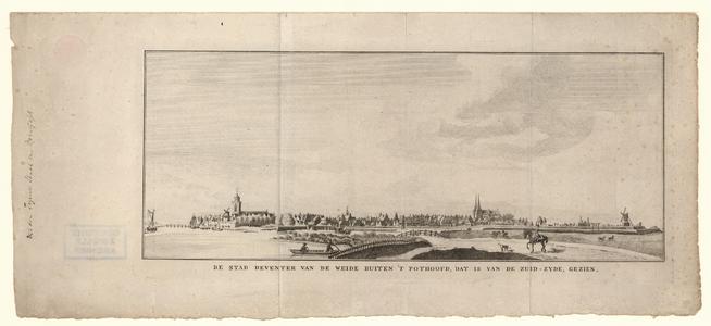 778 -TP000249 Gezicht op Deventer vanuit het zuiden, met v.l.n.r. molen [naam], de kerken [namen], molen [naam]. Links ...