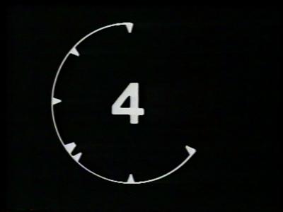 119 BB08543 Een montageband van Kabel Omroep Deventer (KOD), later opgegaan in Deventer Radio Televisie (DRTV), rondom ...