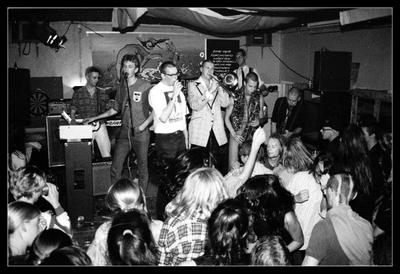 Combo Knus en Gezellig :  optreden in Simplon