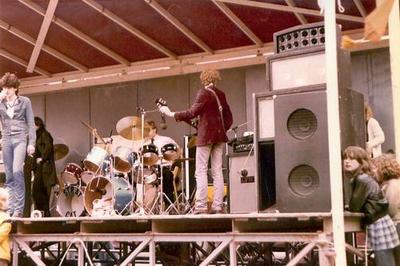 Streetsurvivors : foto gemaakt tijdens een talentenjacht op de Grote Markt in 1979.