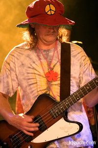 TT Nacht Assen 2005 : optreden The Happy Tunes