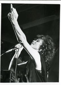 Grote Prijs van Nederland : zangeres Inki de Jonge Spex tijdens een voorronde in Vera