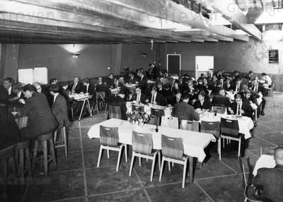 Vera : de Vera mensa in de grote zaal